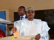 الرئيس النيجيرى يعين الجنرال أحمد محمد قائدا لأركان القوات المسلحة النيجرية