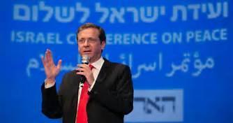 رئيس حزب العمل الإسرائيلي : ابن سلمان ثوري كبير