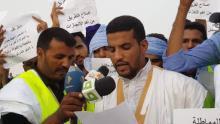 شباب يتظاهرون جنوب العاصمة للمطالبة بإصلاح طريق روصو ـ نواكشوط