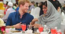 الأمير هاري يحضر إفطارا رمضانيا في سنغافورة  مع مسلمين