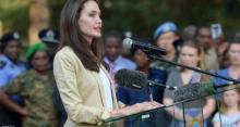 نجمة هوليوود تواسي ضحايا العنف الجنسي بأفريقيا