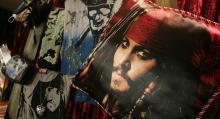 """قراصنة البحر الكاريبي"""" يتصدر إيرادات السينما من إنتاج شركة ديزني"""