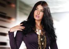 غادة عبد الرازق تتعرض لهجوم وسخرية بسبب عمرها